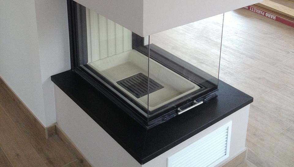 kaminheizeinsatz dreiseitig mera haustechnik. Black Bedroom Furniture Sets. Home Design Ideas
